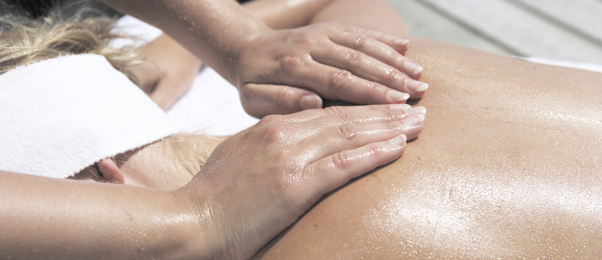 Vi erbjuder många olika massagesorter och anpassar behandlingen efter dina behov.